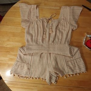 American Eagle. Romper. Capped Sleeved. Stripped.
